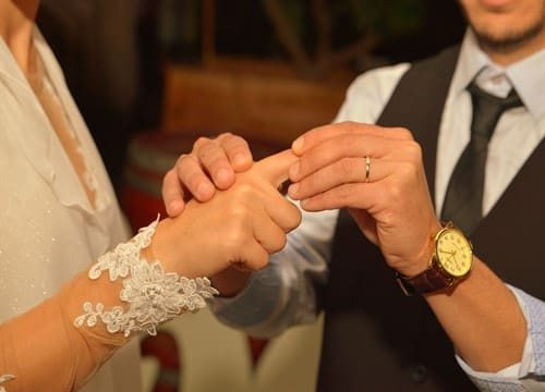 חופה דרך הפקת חתונה